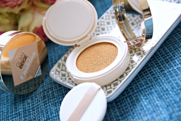 loreal-paris-glam-beige-cushion.jpg
